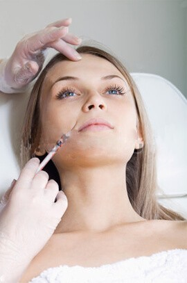 Lifting du visage Paris par injections d'Acide Hyaluronique